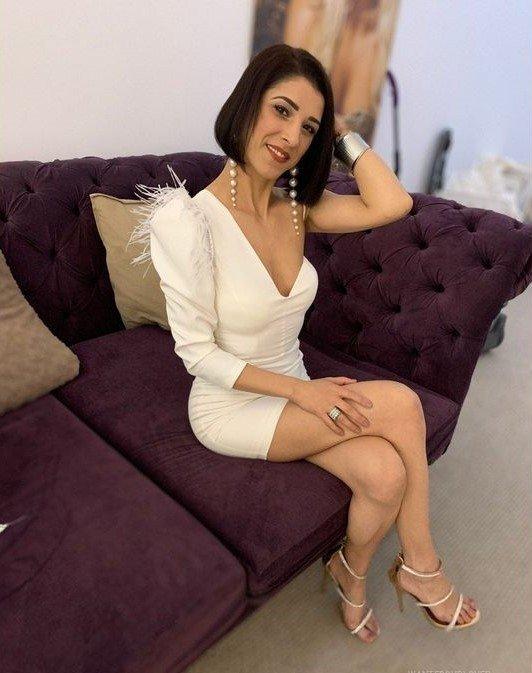 LonerCowgirl from Trafford,United Kingdom