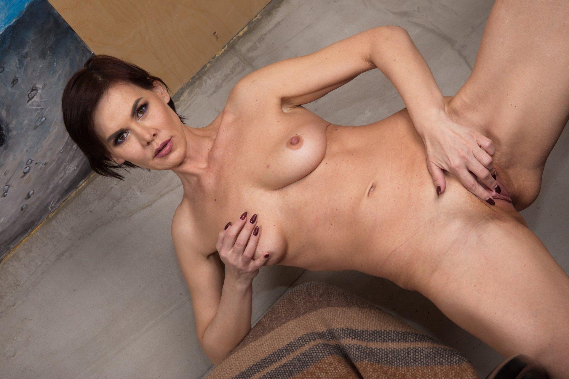 stunningb4bygirl from Warrington,United Kingdom